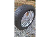 Ford Focus Zetec alloy wheel with tyre
