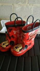 Minnie mouse wellies s8