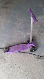 Maxi Micro Scooter - Purple