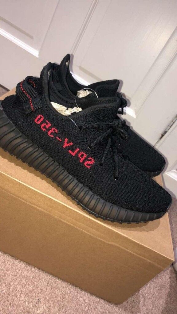 eb8f3db5cea adidas Yeezy Boost 350 V2 Men s Trainers Shoes
