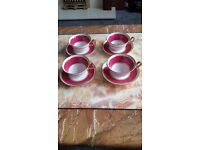 Set of 4 Wedgwood cups and saucers - Collectors items