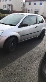 Ford Fiesta 1.4 very low miles lowered price need gone asap