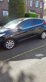 Selling my 2010 ford fiesta zetec in black and chrome