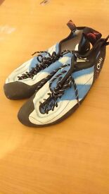 Red Chilli Climbing shoes size 7 UK