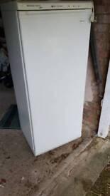 Freezer . Frigidaire freezer elite