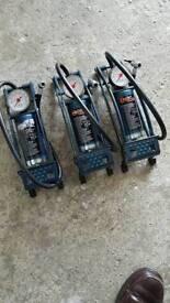 Foot pumps ×3