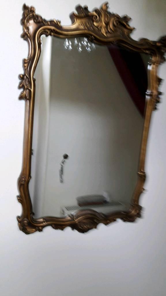 2 RETRO wall mirrors