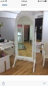 Very pretty full length mirror on stand