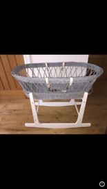 Moses basket, stand and blankets. (Clair de lune)