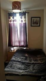 Double room to let with all th bills included 500 pound