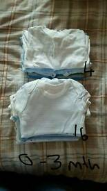 Boys baby grows and vests age 0-3 months.