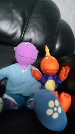 TWEENIES items. Wooden chair, double-sided single quilt cover and Milo and Jake soft toys.£5 for all