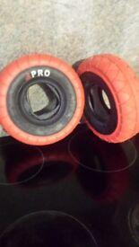 Mini rocker red tyers
