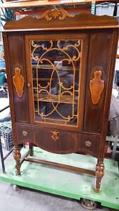 ANTIQUE CABINET - CHINA - VAISSELIER ANTIQUE Fraichement Restauré