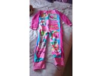 Unworn Shopkins onesie age 9/10. Excellent condition. Labels still on. Ideal xmas pressie