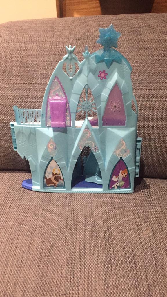Frozen Elsa Castle