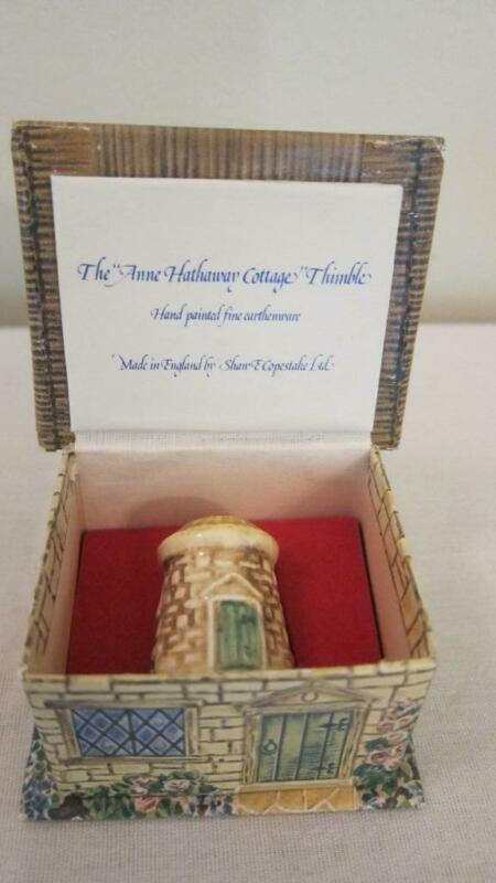 The Anne Hathaway Cottage Thimble Made In England Original Box
