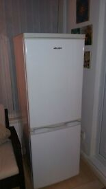 fridge freezer (great condition) BUSH
