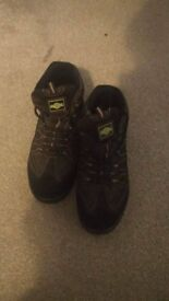 Northwest Territory Steel toe capped, oil resistant work boots, UK 8