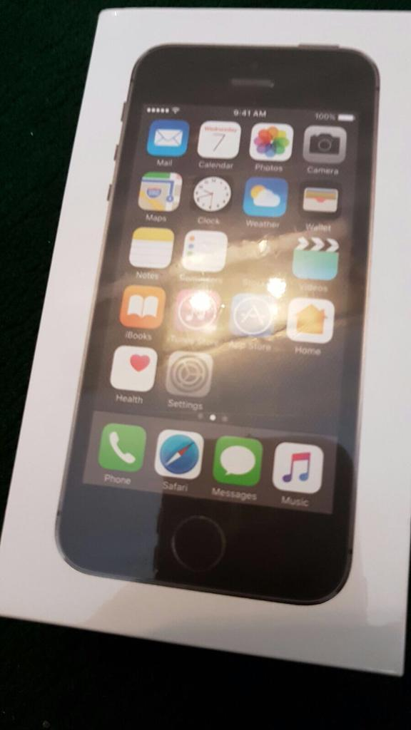 iPhone 5s black 16 GB sealedin Cradley Heath, West MidlandsGumtree - iPhone 5s black 16 GB sealed, on 3 network didnt even open it, still on original packing