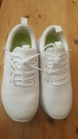 Brand New White Superdry Scuba Storm Size 6 Running Trainers