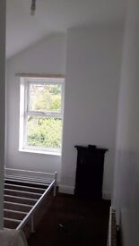 Bedrooms to rent in shared house Fully refurbished B28 Hall green