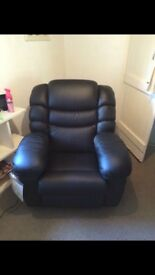 Black Leather La-Z-Boy arm chair