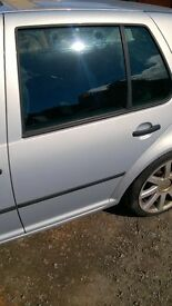 VOLKSWAGEN VW GOLF DOOR COMPLETE PASSENGER SIDE REAR 5 DOOR SATIN SILVER LB7Z STOCKPORT