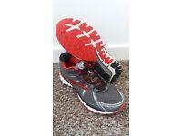 Brooks Adrenaline GTS 15 Mens Running Shoes (UK Size 12)