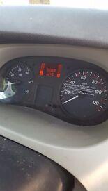 Renualt trafic 9 seater 76000 miles
