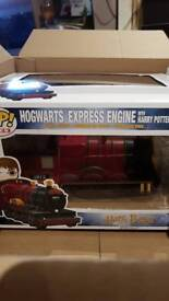 pop vinyl - Hogwarts express engine with Harry potter (20)