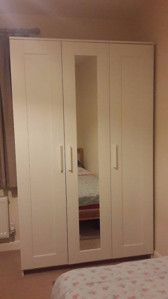 ikea brimnes wardrobe with 3 doors white excellent. Black Bedroom Furniture Sets. Home Design Ideas