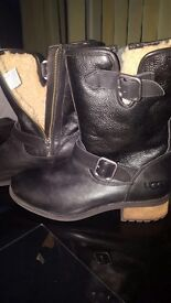 Ladies size 5 black leather Ugg boots never worn