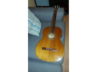 Classical guitar 50years old!!
