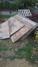 Used Wooden Ply Boards & Pallets