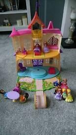 Sofias magical talking castle