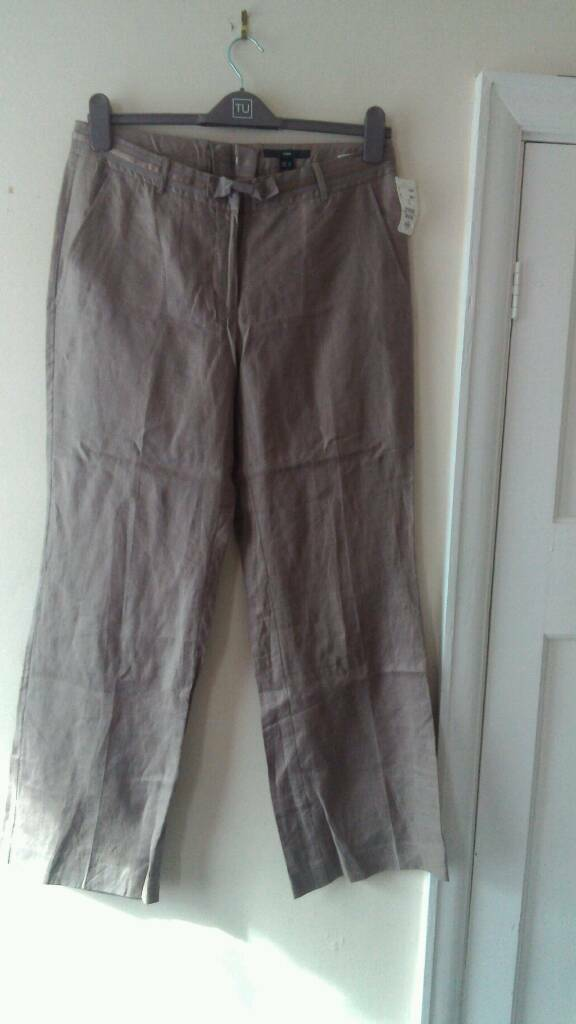 New H and M ladies linen Trousers