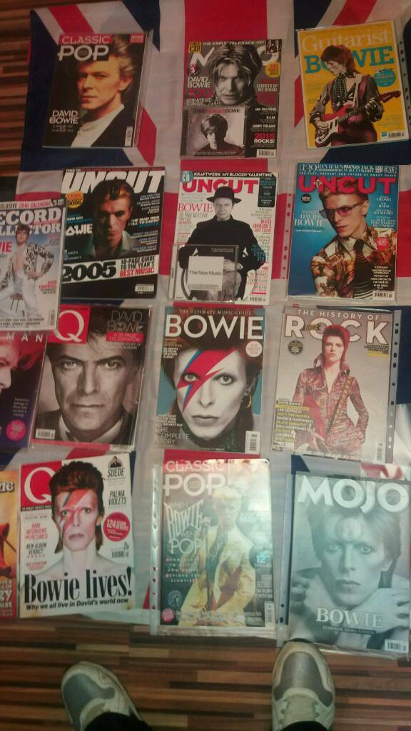 40 David bowie magazines rare and mint conditions