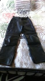 LADIES LEATHER MOTORCYCLE TROUSERS SIZE 14/16