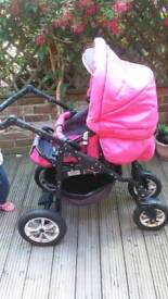 Stroller 3 in 1. Good condition. Pink