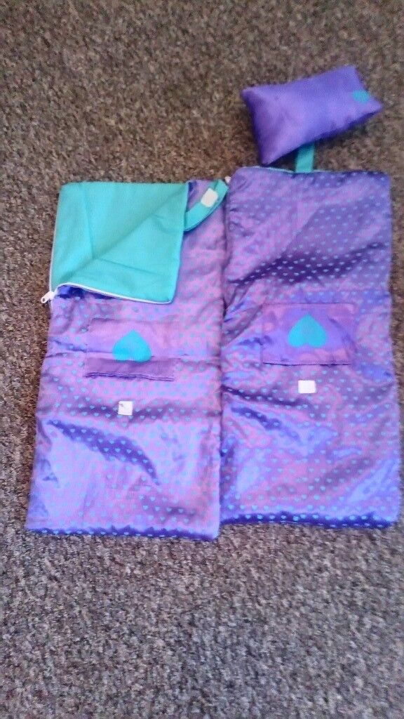 Designer friend sleeping bags 1 with pillow 1 without