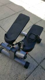 Exercise Stepper with pull ropes