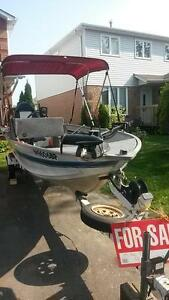 16 ft tracker boat ,motor 40 hp and trailor