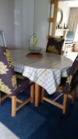 *QUICK SALE price - Extending Round (oval when extended) Solid Oak Dining Table & 6 Chairs