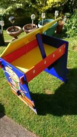 Desk ideal for a small child