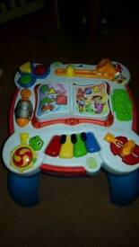 Kids musical activity table