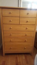 Solid wood chest of drawers for bedroom in very good condition
