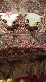 2 LPS toys little meerkats