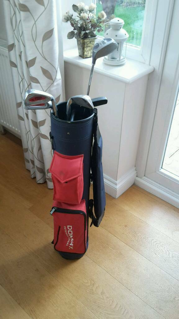 Youth golf clubs and bag.