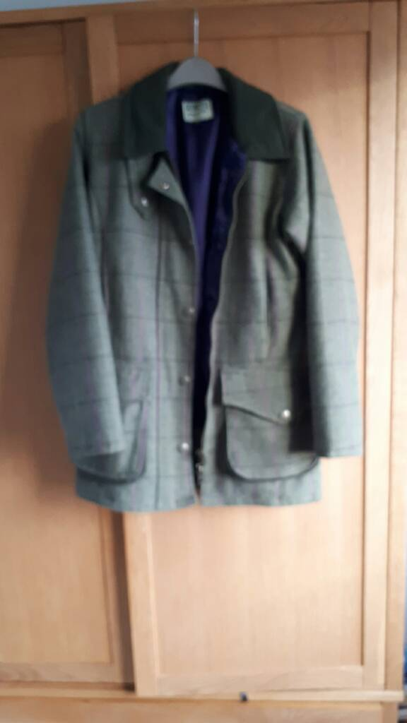 Ladies size 8 Hoggs of Fife field pro green checked wool jacket as new